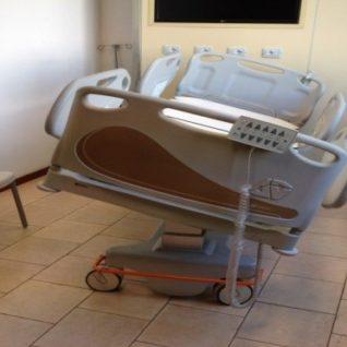 Медицинская кровать четырехсекционная для реанимации 11-CP216 (Базовая комплектация 3)