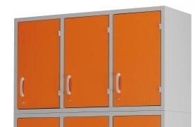 Медицинский шкаф-антресоль с 3 дверцами из окрашенной стали 13-CP206 (Вариант 1)