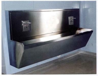 Медицинская мойка хирургическая из нержавеющей стали 2-х местная (на фотоэлементах) LA022